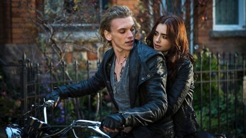 The_mortal_instruments_city_of_bo_4